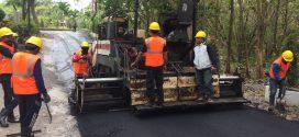 """Tiga Negara """"India, Inggris dan Indonesia"""" Manfaatkan Limbah Plastik untuk Pembangunan Jalan"""