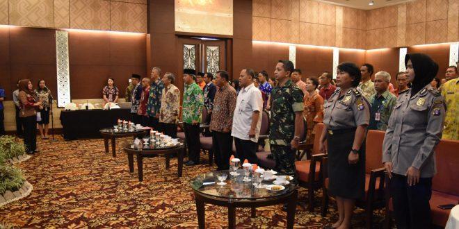 Walikota Palangka Raya Membuka Rapat Koordinasi Daerah Kelitbangan Se Kota Palangka Raya Tahun 2018